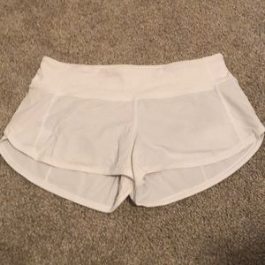 "lululemon Speed Up Short 2.5"" - White"